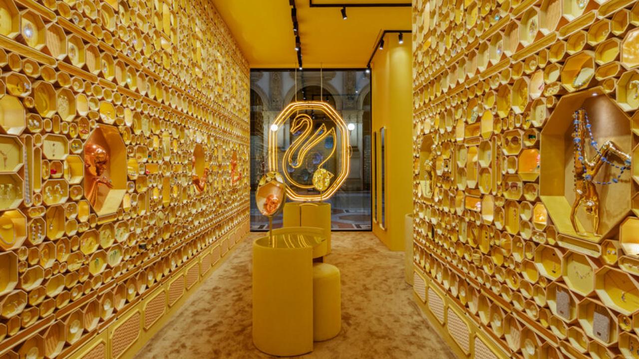 Visão geral da loja conceito Swarovski em Milão