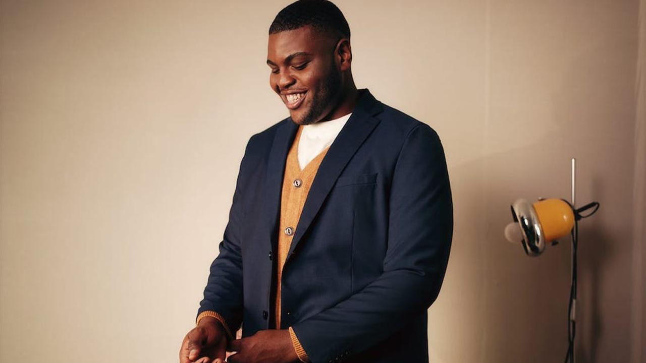 Ternos masculinos alugados pela H&M